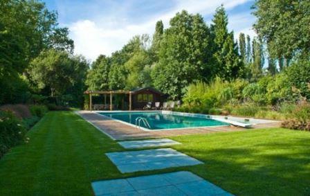 Césped natural para piscinas